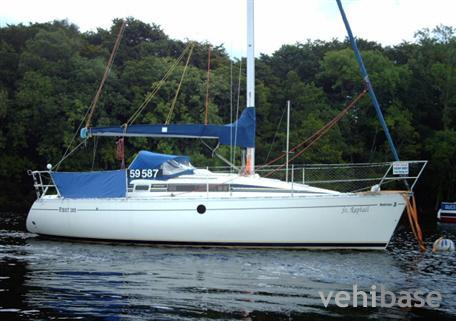 Do you have more pictures for this sailboat Beneteau First 285 ? or you may ...