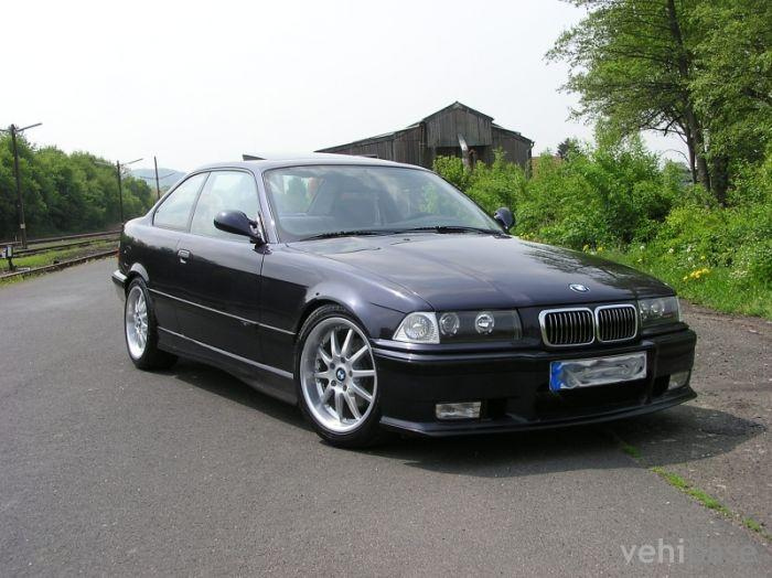 BMW 316i Coupe (E36) Photo - Vehibase