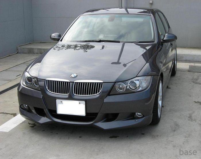 Bmw 320i E90. BMW 320i (E90)