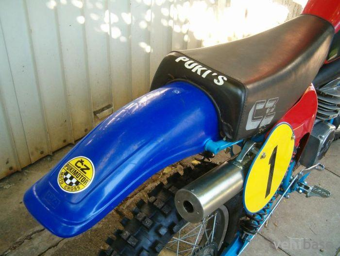 Do you have more pictures for this motorcycle CZ 380 Puki ? or you may ...