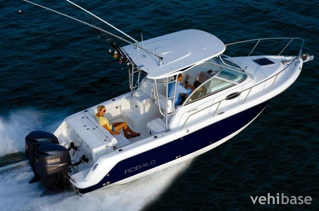 Do you have more pictures for this boat Robalo R265 ? or you may have a ...