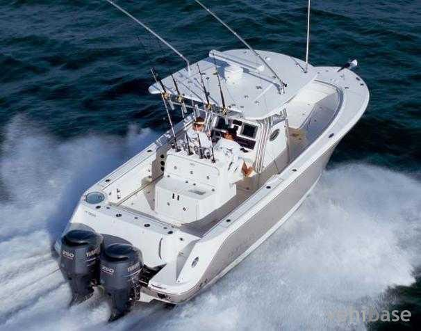 Do you have more pictures for this boat Robalo R300 ? or you may have a ...