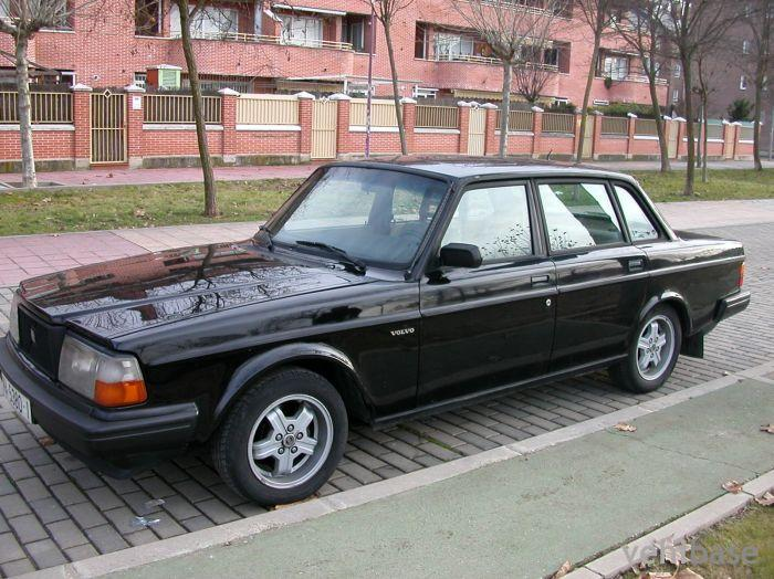 Volvo 244 Turbo Photo - Vehibase